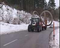 Kunstwerk auf Kreisverkehr Altenfelden