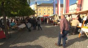 Genussmarkt u. FLAPS-E-Mobil in Freistadt
