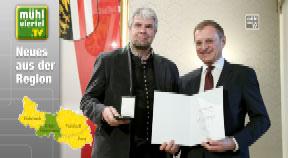 """Goldene Kulturmedaille für zwei Mühlviertler """"Musikerlegenden"""""""