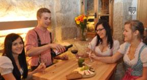 Ankündigung Weinfrühling in Ottenschlag am 3. Mai