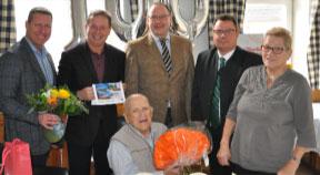 Franz Melzer aus Katsdorf  ist 100 Jahre